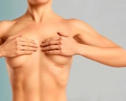 درد و عوارض جراحی زیبایی سینه